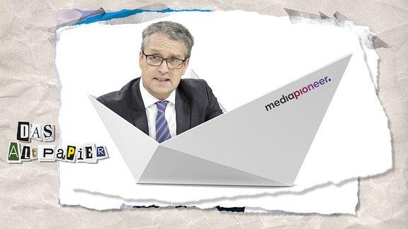 Collage zur Medienkolumne Das Altpapier vom 8. Mai 2019: Papierboot mit Gabor Steingart
