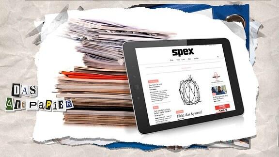 Collage zur Medienkolumne Das Altpapier vom 1. Februar 2019: Vor einem Zeitschriftenstapel lehnt ein Tablet, auf dem die Webseite spex.de zu sehen ist.
