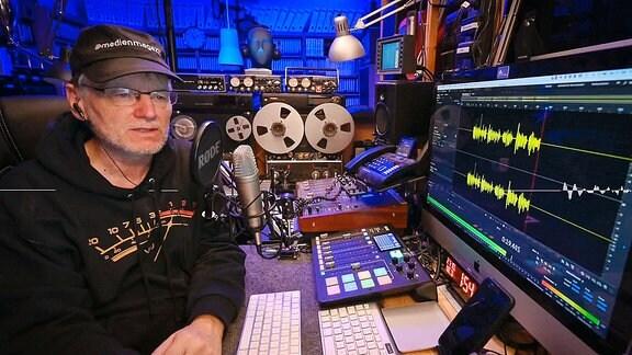 Jörg Wagner im Radiostudio