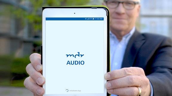 """Der MDR bietet die erste inklusive App Deutschlands an. Die App """"MDR Audio - Das inklusive Hörangebot"""" vereint alle Livestreams der MDR-Radiowellen, ausgewählte Audios sowie Nachrichten, Verkehrs- und Wetterinfos."""