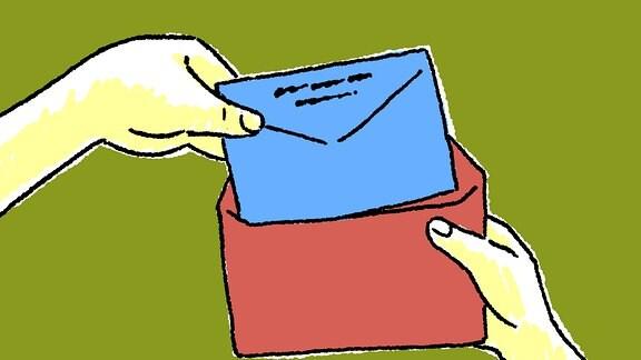 Ein blauer Brief-Umschlag wird in einen roten Brief-Umschlag gesteckt.