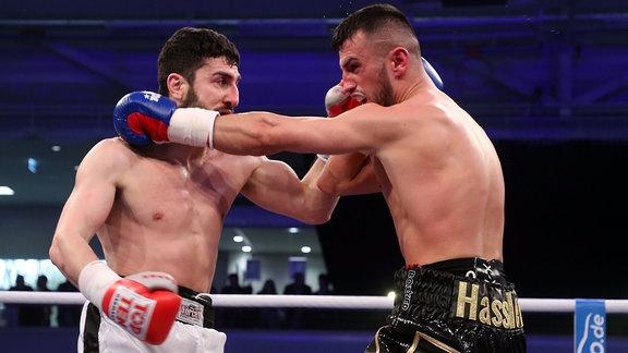 Marcel Hassler boxt gegen Gouram Mirzaev