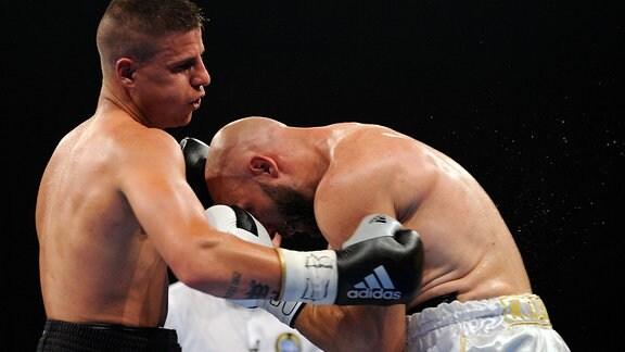 Boxkampf Tyron Zeuge gegen Adan Silvera