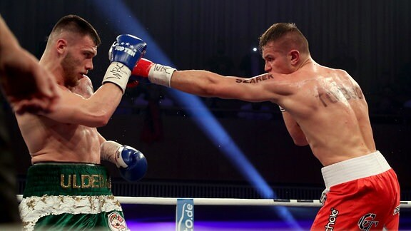 Jurgen Uldedaj (ALB, Magdeburg / 90,7 kg) vs. Krzysztof Twardowski (POL / 89,1 kg)