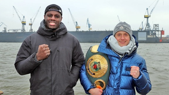 Peter Kadiru (SES-Boxer Schwergewicht) und Sebastian Formella (EC-Boxing, Weltergewicht)