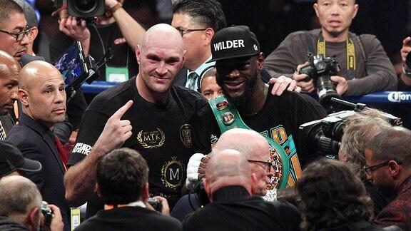 Deontay Wilder und Tyson Fury