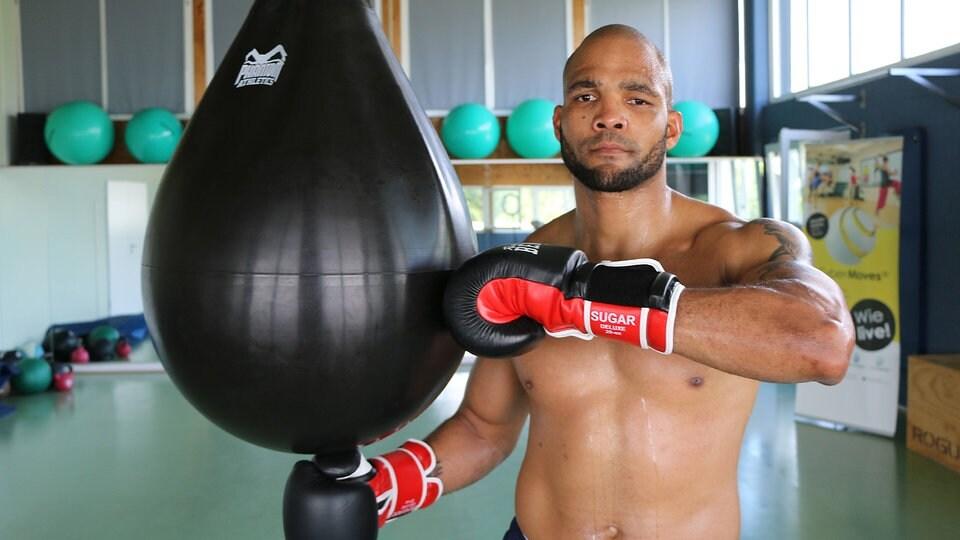 Boxen: Ex-Box-Weltmeister Hernandez kehrt in den Ring zurück | MDR.DE