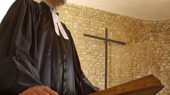 Ein Geistlicher auf der Kanzel