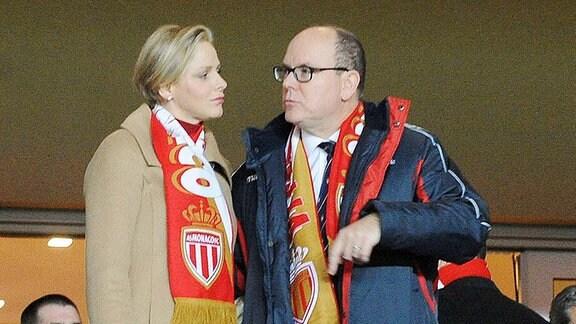 Fürst Albert II von Monaco mit Ehefrau Charlene Wittstock.