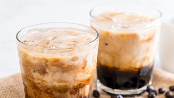 Eiskaffee mit Milch