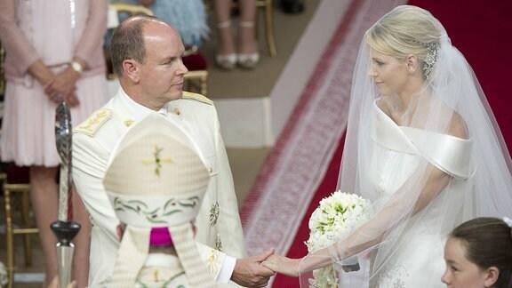 Albert und Charlène von Monaco bei ihrer Trauung