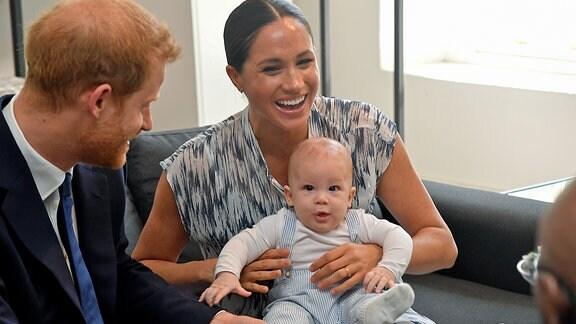 Prinz Harray und Meghan, Herzogin von Sussex, mit ihrem Sohn Archie