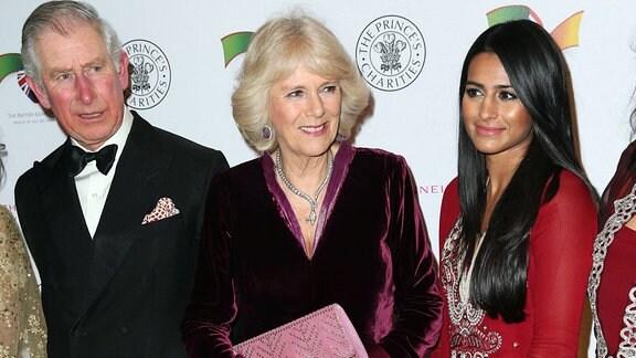 Prinz von Wales, Charles, und Herzogin von Cornwall, Camilla, mit Sair Khan, 2015