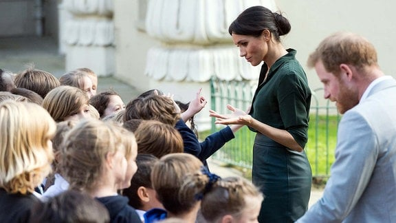 October 3, 2018 - Brighton, Brighton, United Kingdom - Prince Harry, the Duke of Sussex and Meghan, Duchess of Sussex visit the Royal Pavilion in Brighton