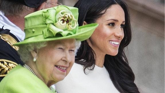 Queen Elizabeth und Herzogin Meghan, 2018