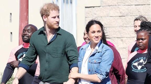 Meghan und Prinz Harry in Afrika.