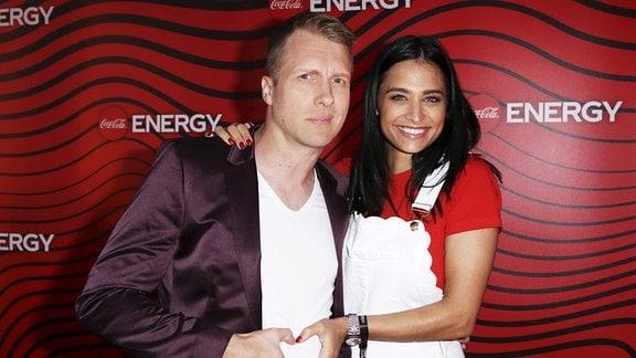 Oliver Pocher mit Freundin Amira Aly bei der Coca-Cola Energy Release Party im GAGA Club.