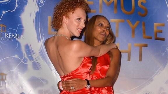 Anna Ermakova mit Mutter Angela