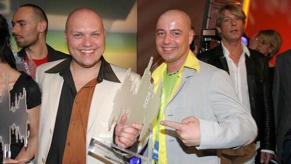 BUDDY vs. DJ The Wave beim Amadeus 2004 Musik Preis
