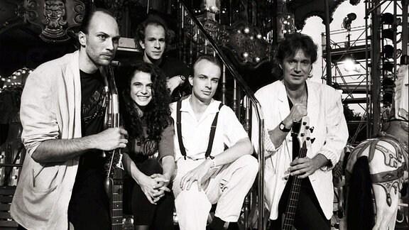 Jule Neigel Band - Bandmitglieder posieren für ein Foto.
