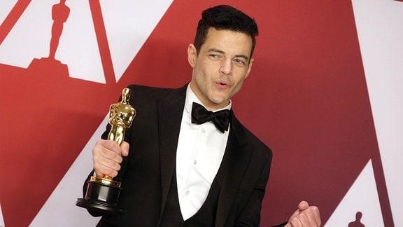 Rami Malek, Schauspieler und Preisträger beim Fototermin im Press Room in Hollywood, Los Angeles.