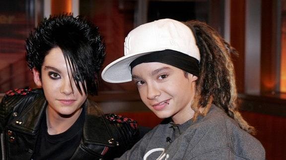 Sänger Bill Kaulitz (li.) und Zwillingsbruder Gitarrist Tom von der Band Tokio Hotel.