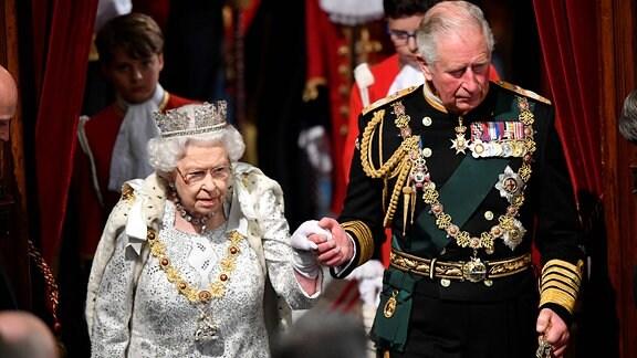 Königin Elizabeth und Prinz Charles