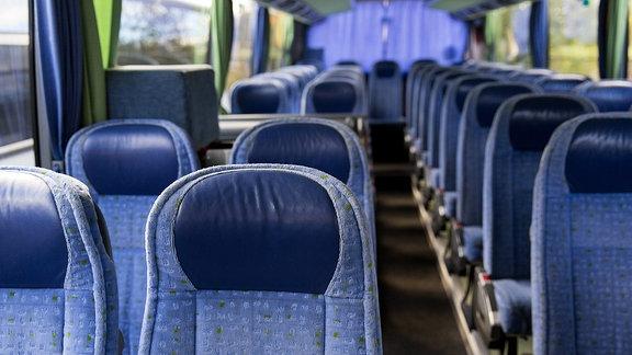 Leerer Reisebus