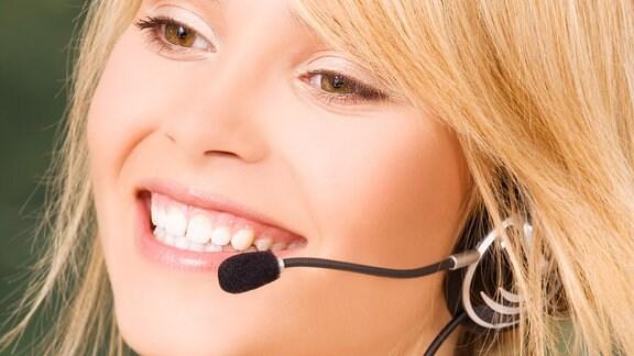 Telefonistin bei einer Hotline