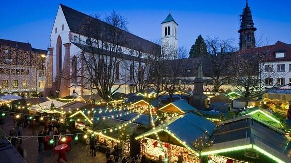 Weihnachtsmarkt, Freiburg im Breisgau, Baden-Württemberg