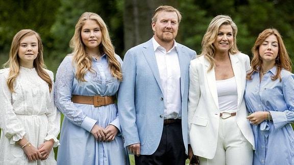 König Willem-Alexander, Königin Maxima und Prinsessen Amalia, Alexia und Ariane