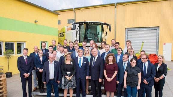 Willem-Alexander und Máxima bei agro-Farm in Brandenburg.