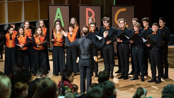 """Der MDR-Kinderchor beim MDR-Familienkonzert """"Ludwig Fun"""" im MDR-Studio am Leipziger Augustusplatz"""