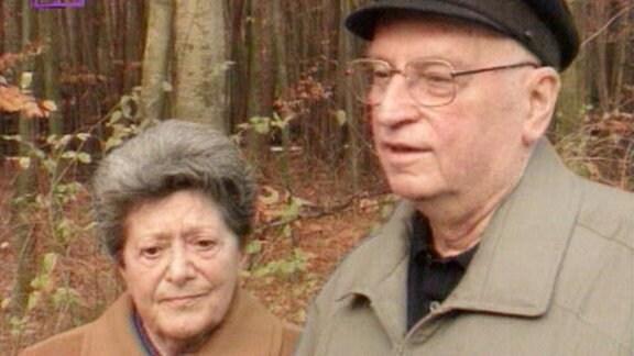 Kurt Hager und seine Frau in der Waldsiedlung Wandlitz