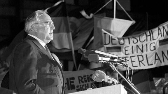 Helmut Kohl in Dresden, 1989