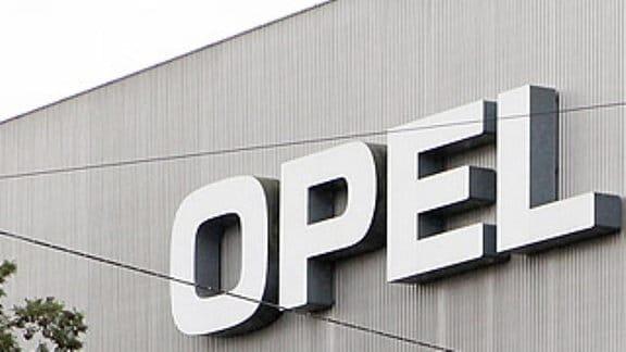 Industrieleuchtturm Opel