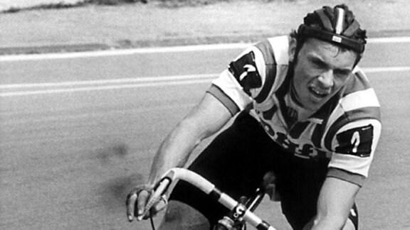 Radsport: Uwe Ampler wird DDR-Meister