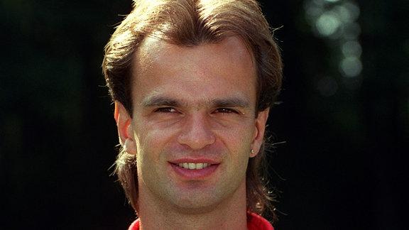 Rico Steinmann (geb. am 26.12.67), Mittelfeldspieler, im Verein seit 1991, Ex-Nationalspieler, 23 A-Länderspiele für die DDR. Frühere Klubs: Chemnitzer FC.
