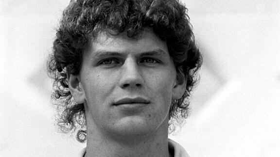 Abwehrspieler Heiko Peschke vom FC Carl Zeiss Jena in einer undatierten Archivaufnahme aus der 80er Jahren.