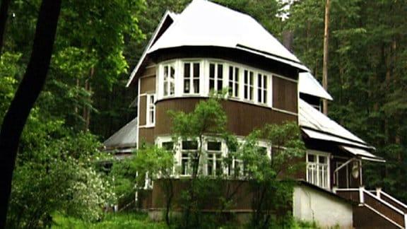 Kleines Gartenhaus-Schlösschen
