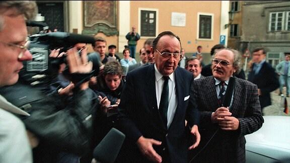 Hans Dietrich Genscher, 30. September 1989 in Prag