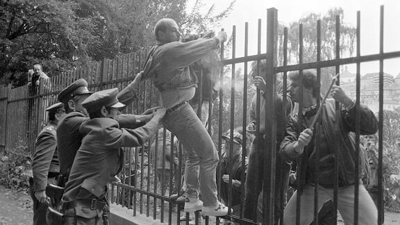 Botschaftsflüchtlinge in Prag 1989