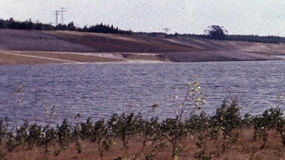 """Muldenstausee nach""""Rückgabe der rekultivierten Flächen"""" 1976"""