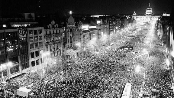 Demonstration in Prag, 1989.
