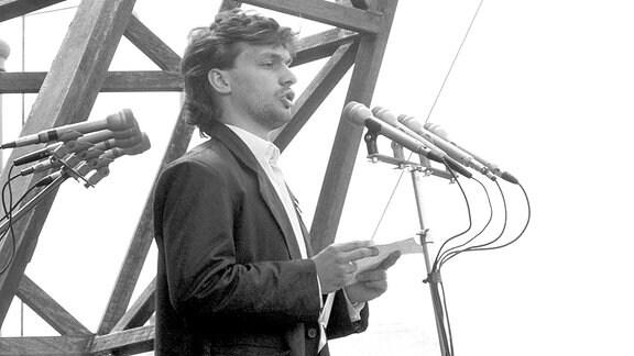 Viktor Orban (1989 auf dem Hosök-Platz in Budapest)