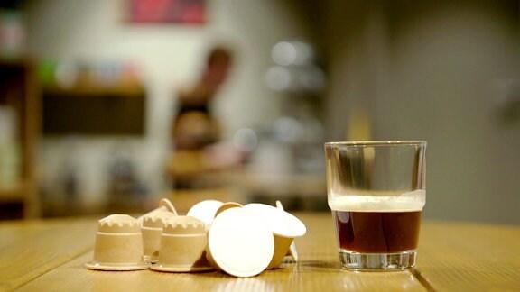 Kaffeekapseln aus Holz