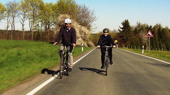 Henriette Fee Grützner fährt Fahrrad