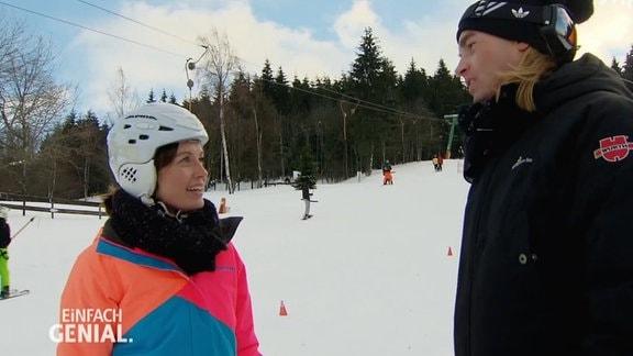 Jeanette Eger auf Gleitschuhen, hier Snowskates genannt