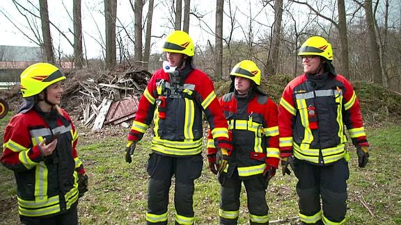 Henriette Fee Grützner bei der Freiwilligen Feuerwehr Arnstadt