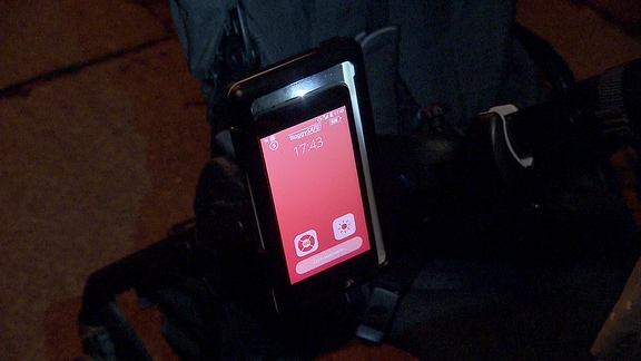 Smartphone-Licht am Kinderwagen